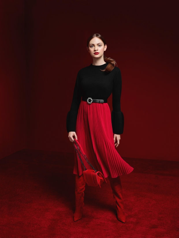 TARANKO AW 18-19 studio53481 BUSINESS RED.jpg